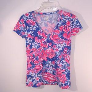 Lilly Pulitzer XS V Neck Stretchy Shirt Like New